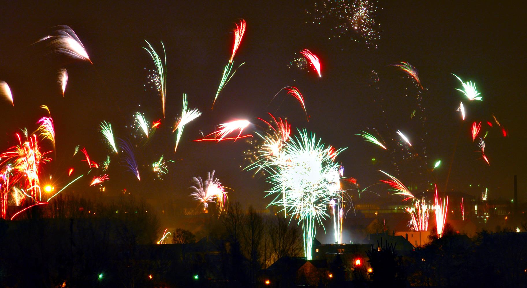 Fireworks in Zwickau by André Karwath aka Aka - Eigenes Werk